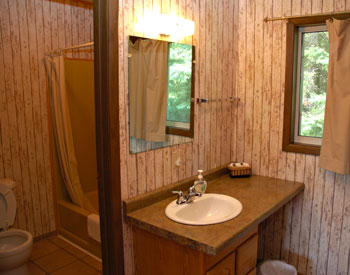 clean motel lodging in Munising
