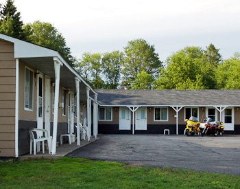 Munising motel and lodging