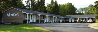 Munising Michigan motel lodging and cabin rentals
